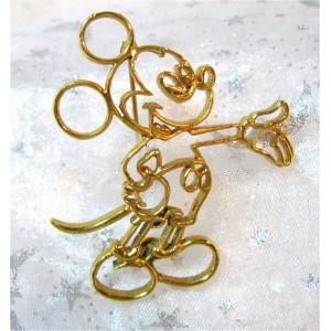 Rare Superbe broche Mickey doré à l'or fin.