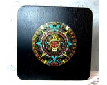 Calendrier Aztèque en bois et plaque laiton peinte à la main