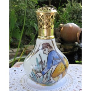 LAMPE BERGER PORCELAINE DE LIMOGES